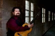 Nick Cutroneo Classical Guitarist