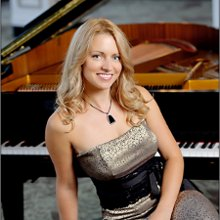 Diana Pand Pianist For All Occasions