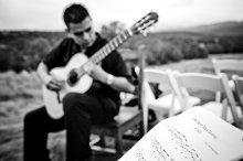 Omar Villanueva New Mexico Classical Guitarist