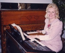 Bonnie Cook Piano Entertainment