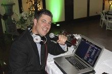 1061 Kiss FM DJ Michael Blake presents Pro DJ Wedding