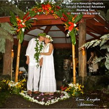 Intimate Hawaiian Nuptials