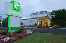 Holiday Inn Salem I 93 at exit 2